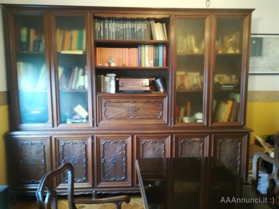 Foto Di Librerie In Legno.Libreria Studio In Legno Completo Di Libreria Torino Piemonte