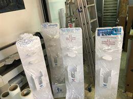 Colonnina dispenser disinfettante con logo personalizzato