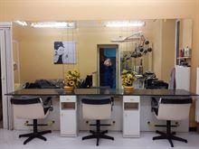 Salone Parrucchiere - Arredamento e Macchinari
