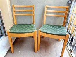 2 sedie in legno, perfette.