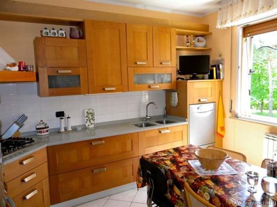 Toscana cucine usate cucine complete e componibili - Vendo cucina angolare ...