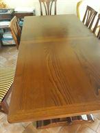 Tavolo in legno e 6 sedie