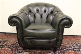 Poltrona inglese Chesterfield club in pelle verde scuro
