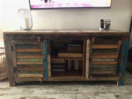 Mobile tv in legno di reupero