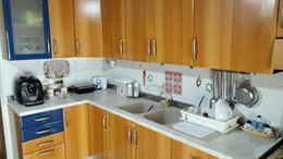 Cucina componibile con elettrodomestici
