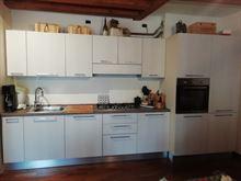 Cucine lineare completa di elettrodomestici