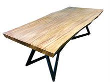 Tavolo da pranzo in legno massello