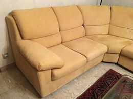 Divano angolare 5 posti, convertibile in un divano 4 posti