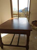 Tavolo di legno restaurato