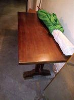 Tavolo legno massiccio ideale per taverna euro 250.