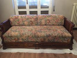 Salotto - divano, tavolo, armadio