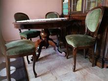 Tavolo + sedie in legno