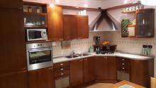 Cucina usata + elemento ad angolo