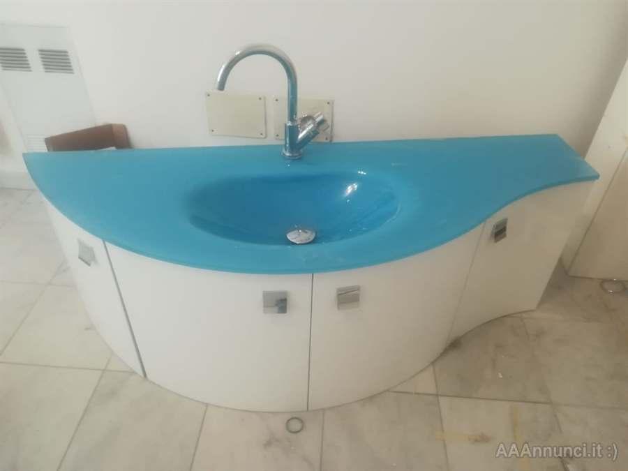 Mobile bagno con top in vetro Varese Lombardia