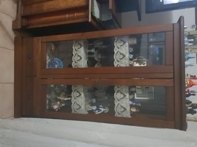 Vetrina con cassetti a Cinisello Balsamo