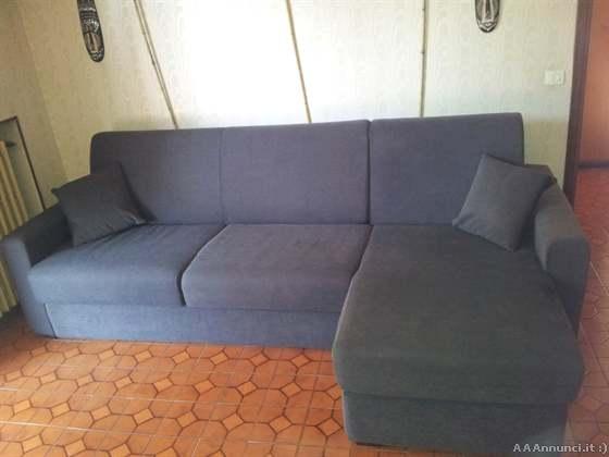 Torino divani usati e poltrone usate divani letto for Chaise longue torino