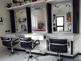 Negozio completo di parrucchiera