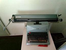 Olivetti - Macchina per scrivere