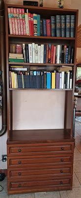 Libreria con 4 cassettoni