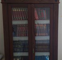 Libreria in legno massello