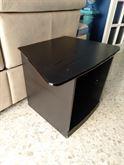 Porta tv in legno nero angolare.