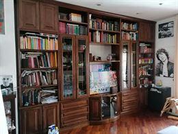Libreria fatta a mano