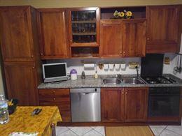 Mobili cucina in noce