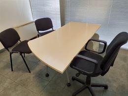 Scrivania + sedie ufficio