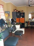 Arredamento negozio parrucchiera
