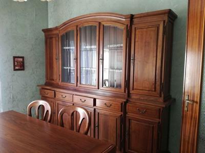 Sala da Pranzo Completa in Stile Classico