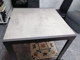 Tavolo nuovo grigio cemento allungabile 180 cm