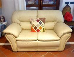 Coppia di divani 100% pelle italiana