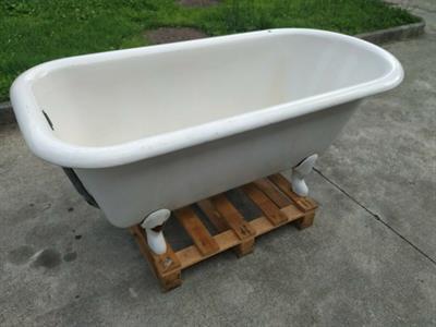 Vasca da bagno in ferro smaltata vintage