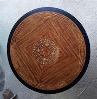 Piano legno Intarsiato diametro 110 x 2 cm.