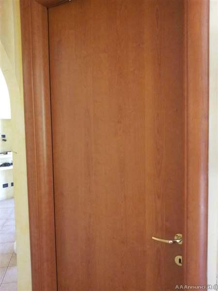Roma mobili altro - Porte color ciliegio ...