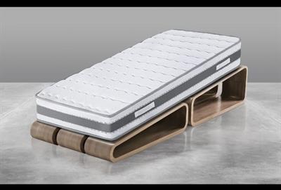 Materasso memory con rete a dogne in legno