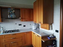 Cucina vero legno completa di elettrodomestici