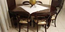 Tavolo allungabile più sedie