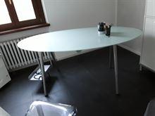 Tavolo in vetro Ikea
