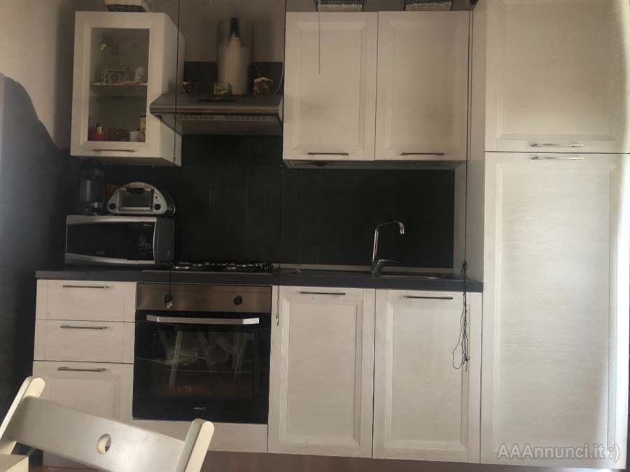 Vendo Cucina Moderna.Cucina Bianca Moderna In Vendita A Barletta Andria Trani